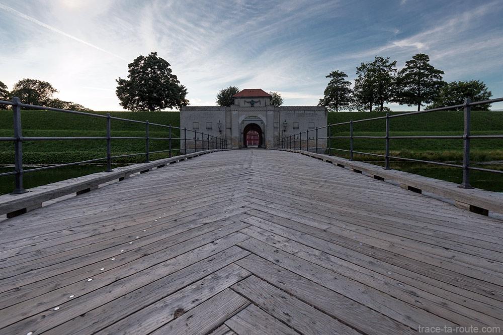 Pont entrée caserne Kastellet de Copenhague, Danemark