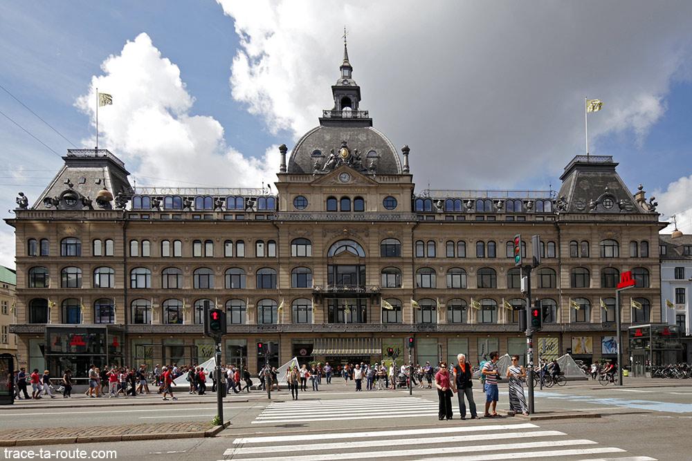 Bâtiment Magasin du Nord sur la place Kongens Nytorv de Copenhague, Danemark