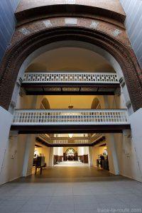 Den Sorte Diamant, architecture intérieur passerelle relie avec la Bibliothèque royale de Copenhague, Danemark (Black Diamond Copenhagen)