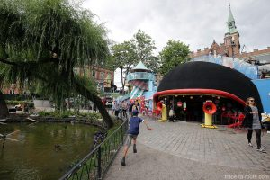 Attractions aux Jardins de Tivoli Gardens à Copenhague, Danemark