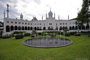 Palais oriental Nimb aux Jardins de Tivoli Gardens - Copenhague, Danemark
