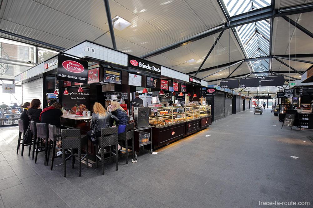 La Brioche Dorée à l'intérieur des Halles du marché Torvehallerne à Copenhague, Danemark