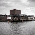Théâtre Skuespilhuset de Copenhague sur le bord de la rivière SyhavnenDanemark © L'Oeil d'Édouard