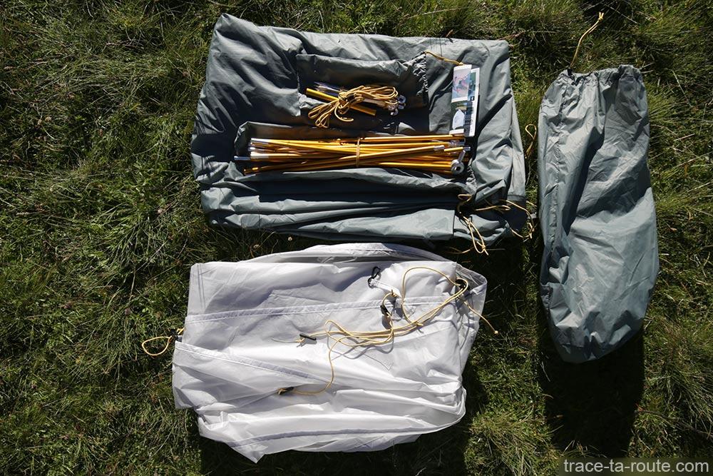 Tente Ghost 2 UL Mountain Hardwear - ensemble des éléments pour le montage de la tente (toiles, sardines, housse de rangement...)