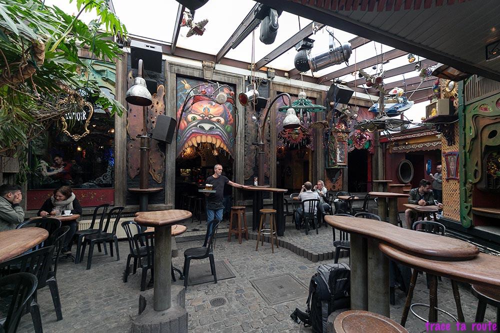 Bar Le Pot au lait à Liège - salle, intérieur