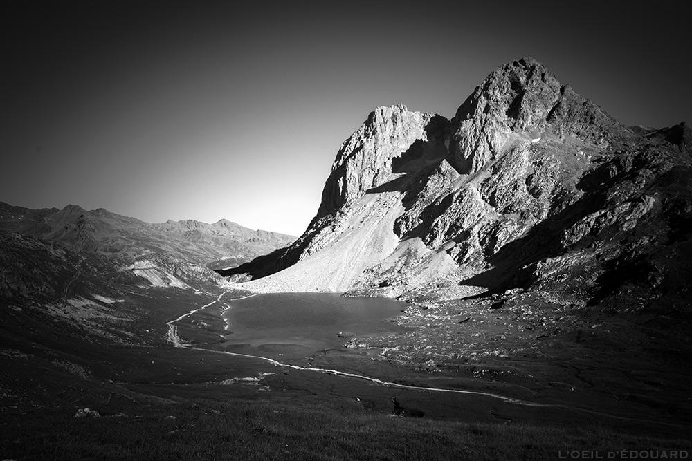 Lac du Rond et Pointe des Banchets sur le Tour du Mont Thabor © L'Oeil d'Édouard