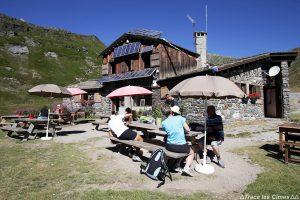 Terrasse du Refuge des Drayères - Tour du Mont Thabor