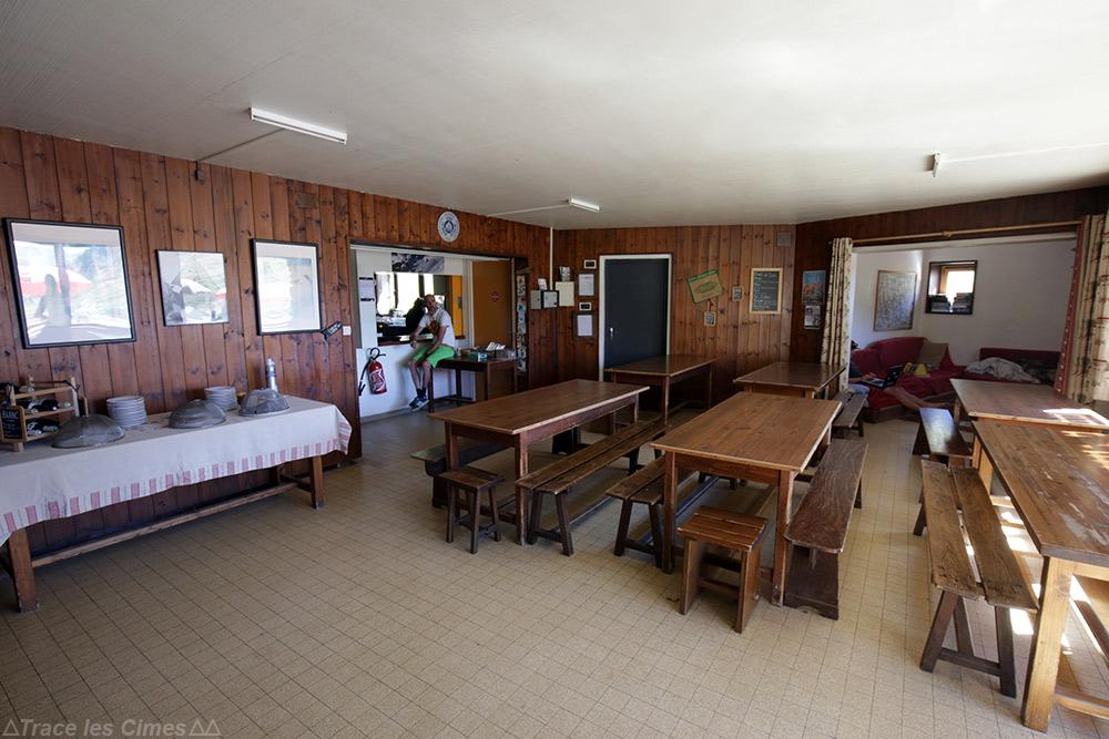 Intérieur du Refuge des Drayères - Tour du Mont Thabor