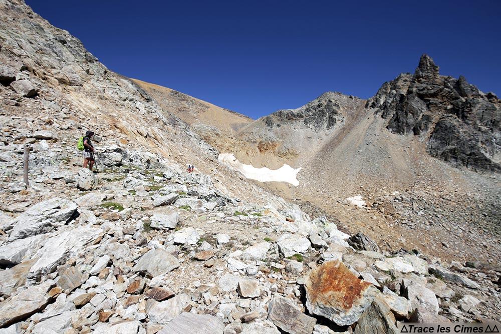 Sentier randonnée trek Tour du Mont Thabor