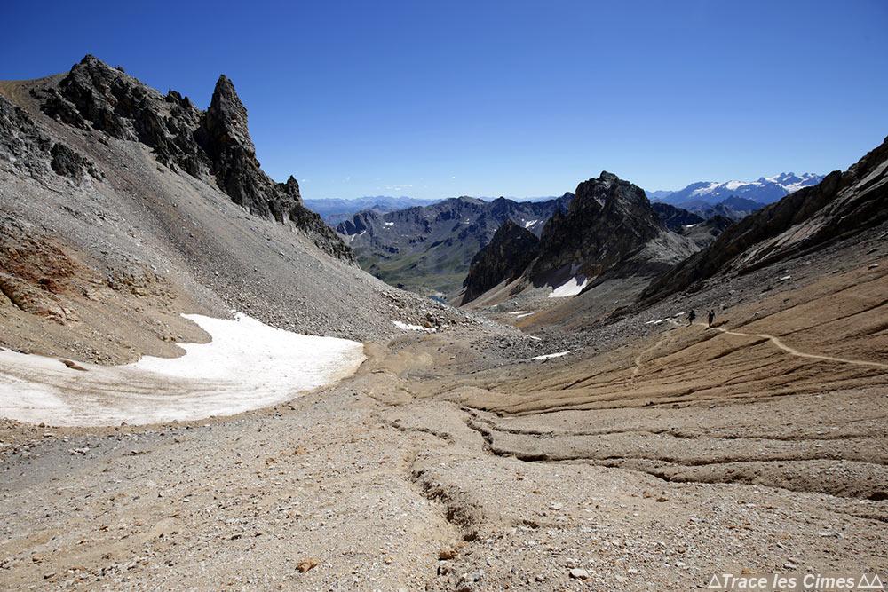 Combe du Lac Blanc - Sentier randonnée trek Tour du Mont Thabor Hautes-Alpes