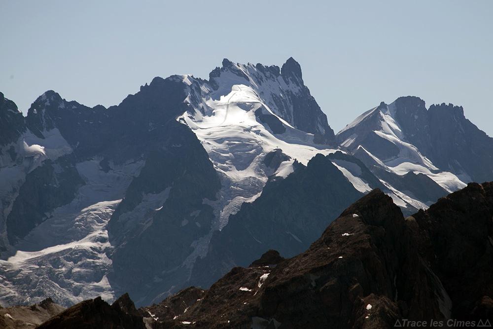 La Meije, vue depuis le sommet du Mont Thabor