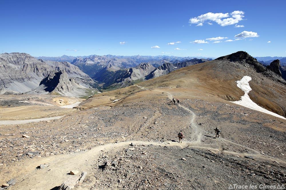 Descente du Mont Thabor Hautes-Alpes, Pied du Désert - randonnée trek tour du Mont Thabor