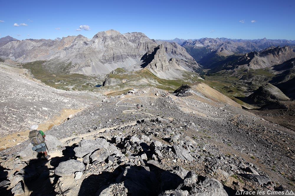 Descente du Mont Thabor Hautes-Alpes : le Grand Séru et la Cime de la Planette - randonnée trek tour du Mont Thabor
