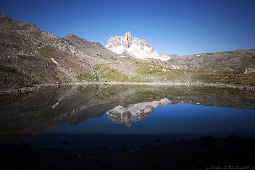 Cheval Blanc et Lac Rond (Lacs Sainte-Marguerite) - randonnée trek tour du Mont Thabor © L'Oeil d'Édouard