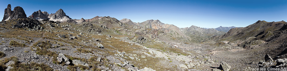 Cheval Blanc et Mont Thabor depuis le Col des Bataillères sur le trek du Tour du Mont Thabor