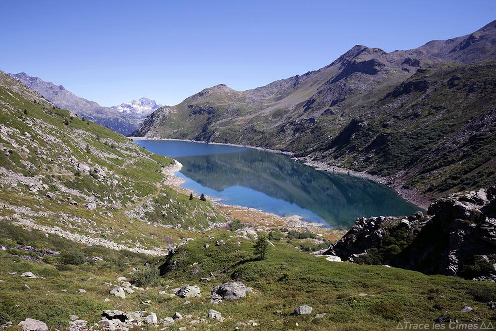 Le Lac du Barrage de Bissorte en Maurienne sur le trek du Tour du Mont Thabor