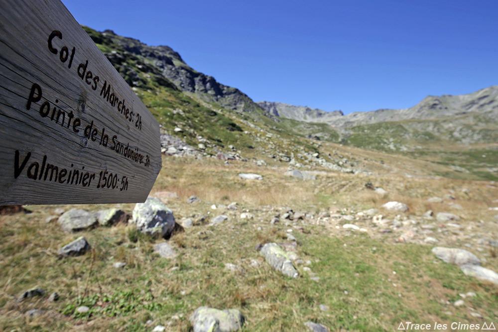 Itinéraire sentier randonnée au Col des Marches sur le trek du Tour du Mont Thabor
