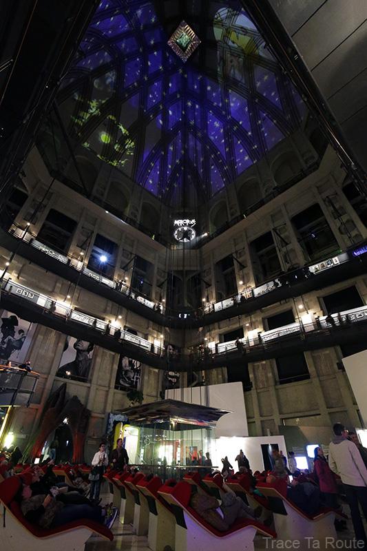 Mole Antonelliana Musée du Cinéma de Turin Museo Nazionale del Cinema Torino - projection sur la voute intérieur dome coupole ascenseur tempio della Mole