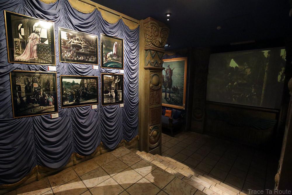 Intérieur Musée du Cinéma de Turin Mole Antonelliana Museo Nazionale del Cinema Torino - salle peplum egypte