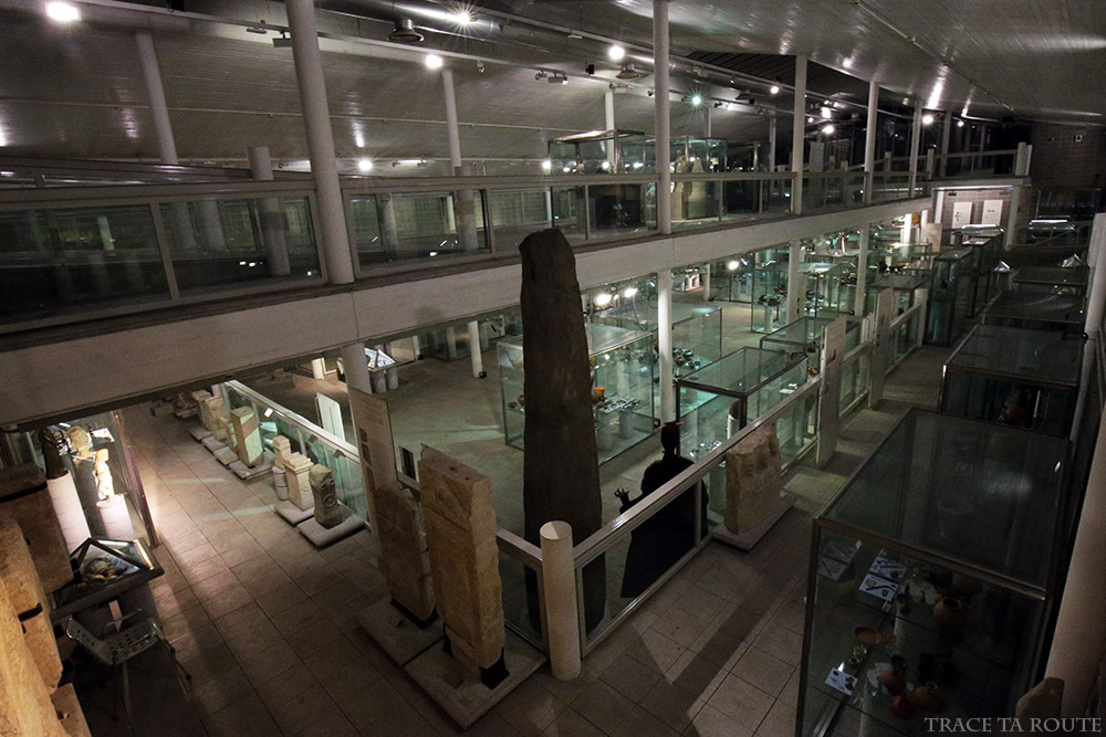Salle vitrines Musée Archéologique Turin - Museo Archeologico Palazzo Reale Torino