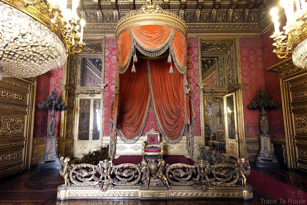 Palazzo Reale Turin - Salle du trône du Palais Royal Maison de Savoie