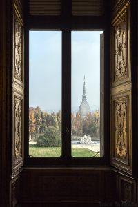 Palazzo Reale Torino - Mole Atonelliana (Musée du Cinéma de Turin) vue depuis galerie de Daniel du Palais Royal