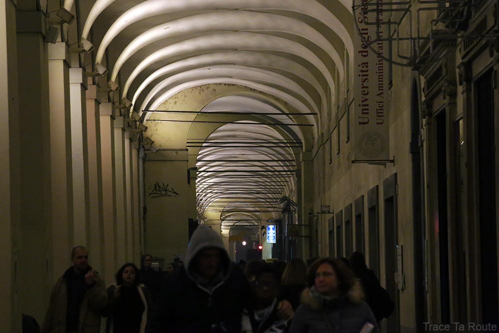 Via Po de Turin avec ses arcades