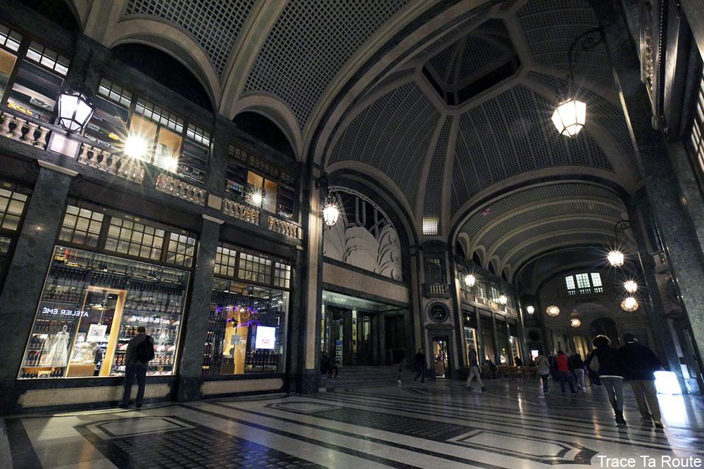Galleria San Federico de Turin, Cinema Lux