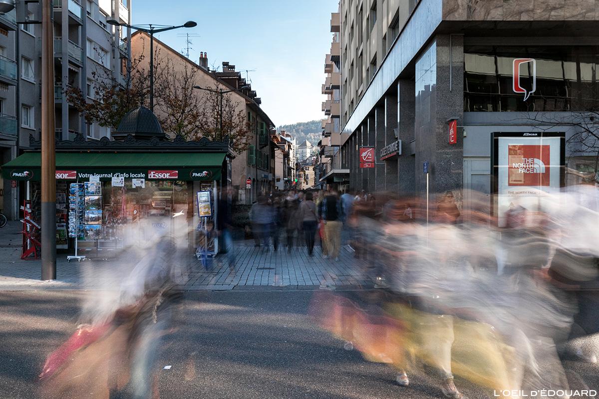 Rue Carnot, Centre Ville d'Annecy © L'Oeil d'Édouard