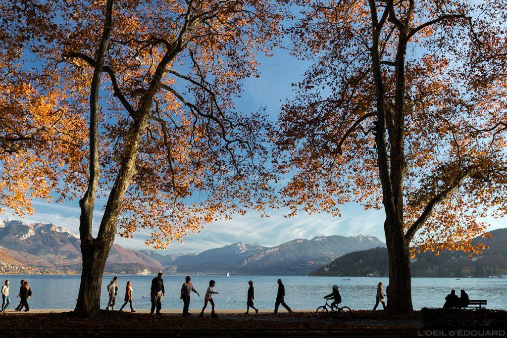 Promenade au bord du Lac d'Annecy © L'Oeil d'Édouard