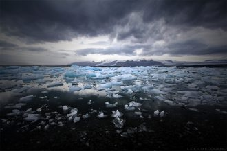 Icebergs sur le lac de Jokulsarlon, Islande / Lagoon Iceland © L'Oeil d'Édouard
