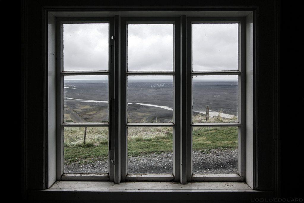 Plaine du Parc de Skaftafell depuis la fenêtre de la bergerie Sel, Islande © L'Oeil d'Édouard
