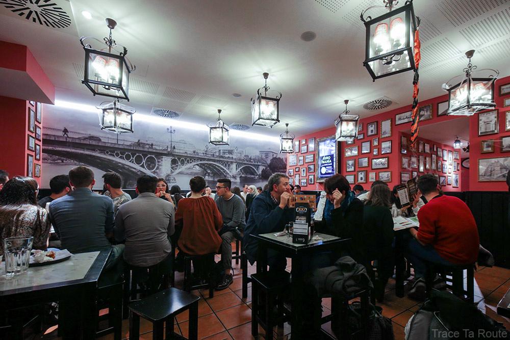 Restaurant snack 100 Montaditos Torino à Turin