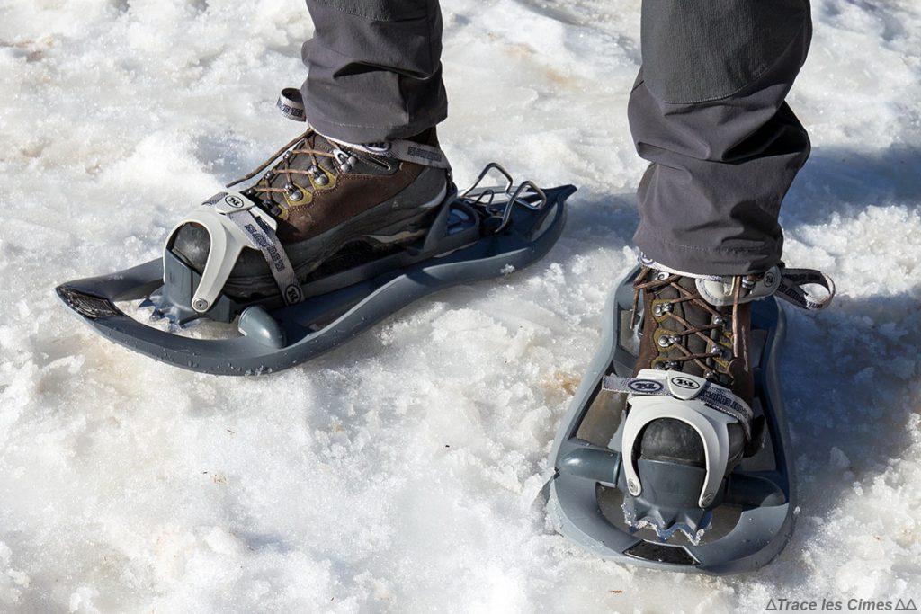Test chaussures de randonnée LOWA Ticam II GTX en raquettes sur la neige
