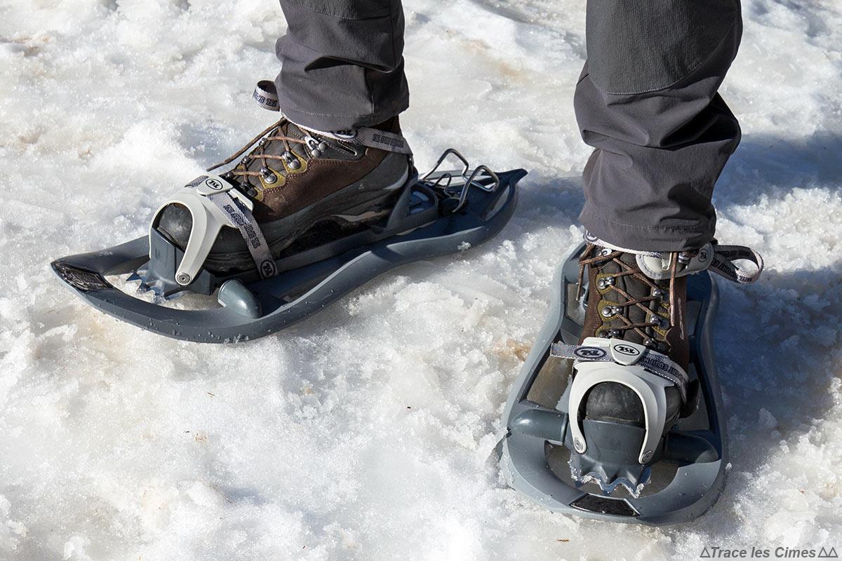 6c02a9515a Test chaussures de randonnée LOWA Ticam II GTX en raquettes sur la neige