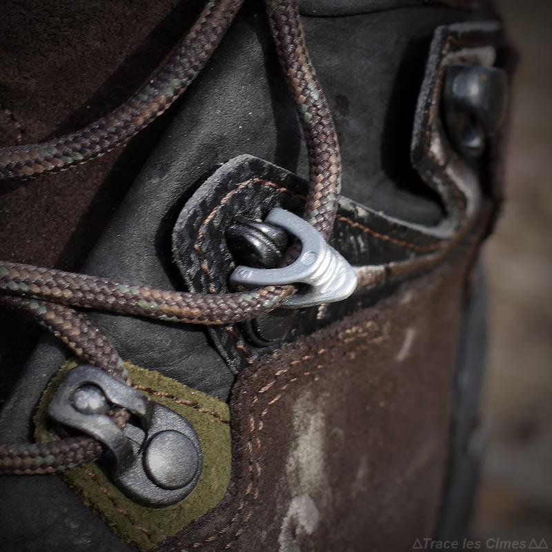 Test chaussures de randonnée LOWA Ticam II GTX système I-Lock auto-bloquant lacets