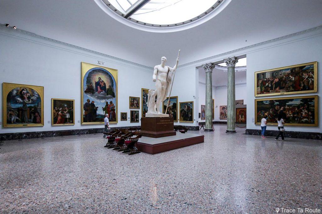 Salle exposition Musée Pinacothèque de Brera de Milan - Peintures XVIe siècle