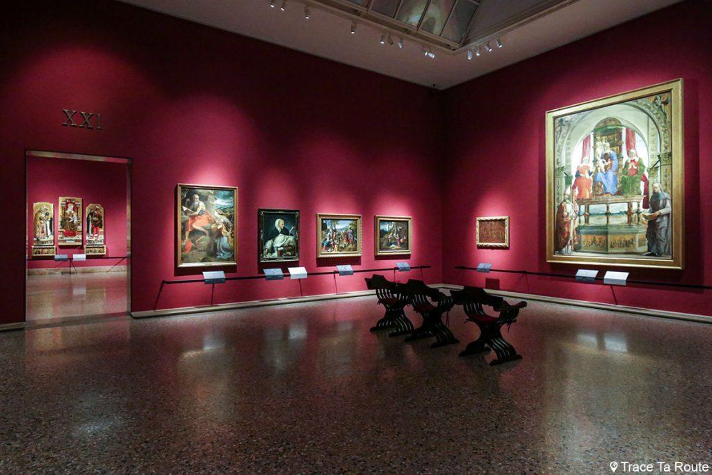 Salle exposition Musée Pinacothèque de Brera de Milan - Peintures XVe siècle