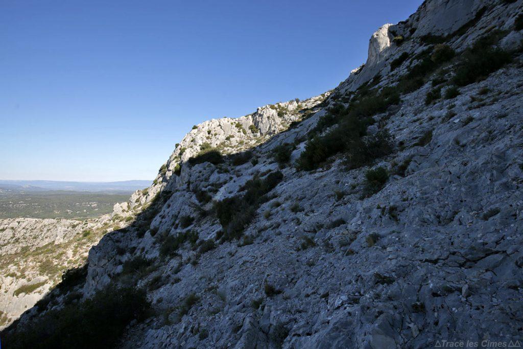 Sentier de randonnée Montagne Sainte-Victoire par le Pas du Moine