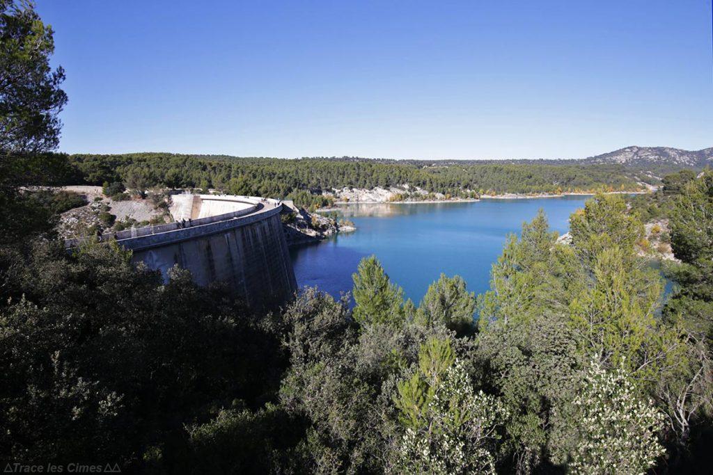 Barrage du Lac de Bimont depuis le sentier d'Imoucha - Réserve Naturelle de Sainte-Victoire