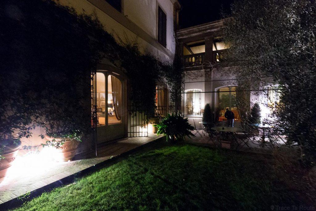 Terrasse extérieure Hôtel de charme Asilo Masi B&B Country House à Capannoli (Valdera, Toscane, Italie)