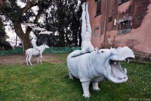 Sculptures extérieur Musée zoologique, Villa Baciocchi, Capannoli (Valdera, Toscane, Italie)
