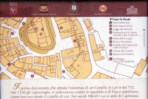 Plan de Lari avec lieux d'intérêt à visiter - Valdera, Toscane, Italie