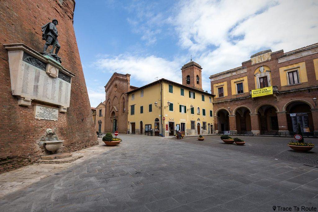 Piazza Giacomo Matteotti, Lari - Valdera, Toscane, Italie