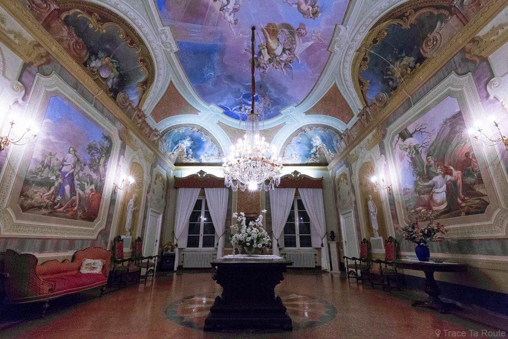Fresques intérieur salle Villa Fattoria Restaurant Zeiro Azienda Agricola, Capannoli (Valdera, Toscane, Italie)