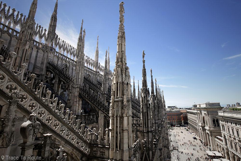 Terrasse de la Cathédrale du Duomo de Milan - Architecture Gothique - Piazza del Duomo di Milano