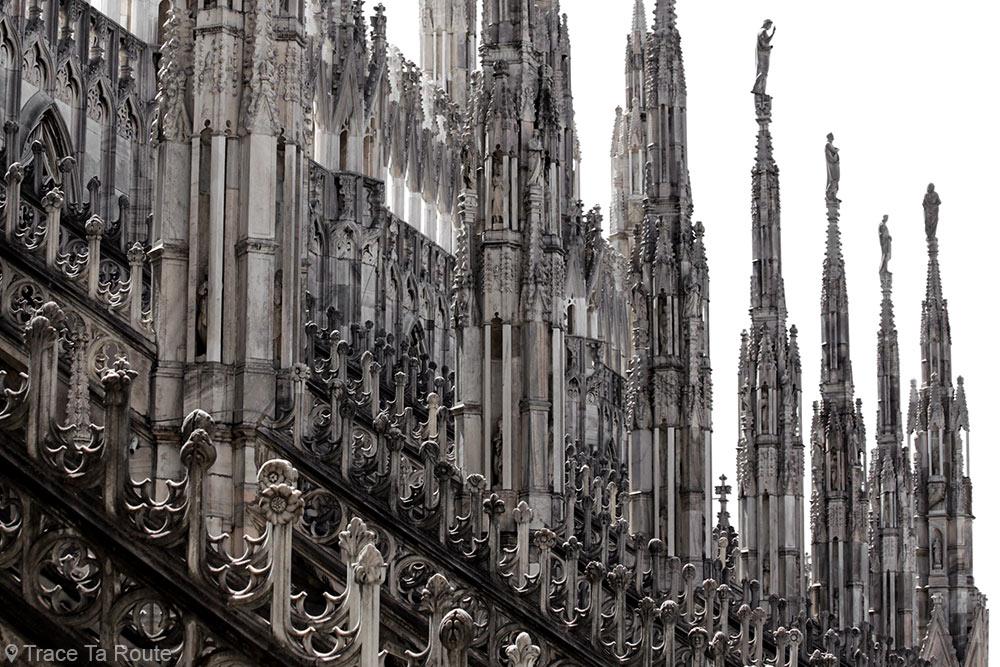 Flèches de la Cathédrale du Duomo de Milan - Architecture Gothique - Duomo di Milano