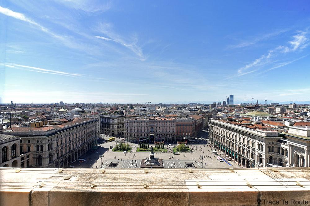 Vue sur la Piazza del Duomo de Milan depuis la terrasse de la Cathédrale du Duomo di Milano