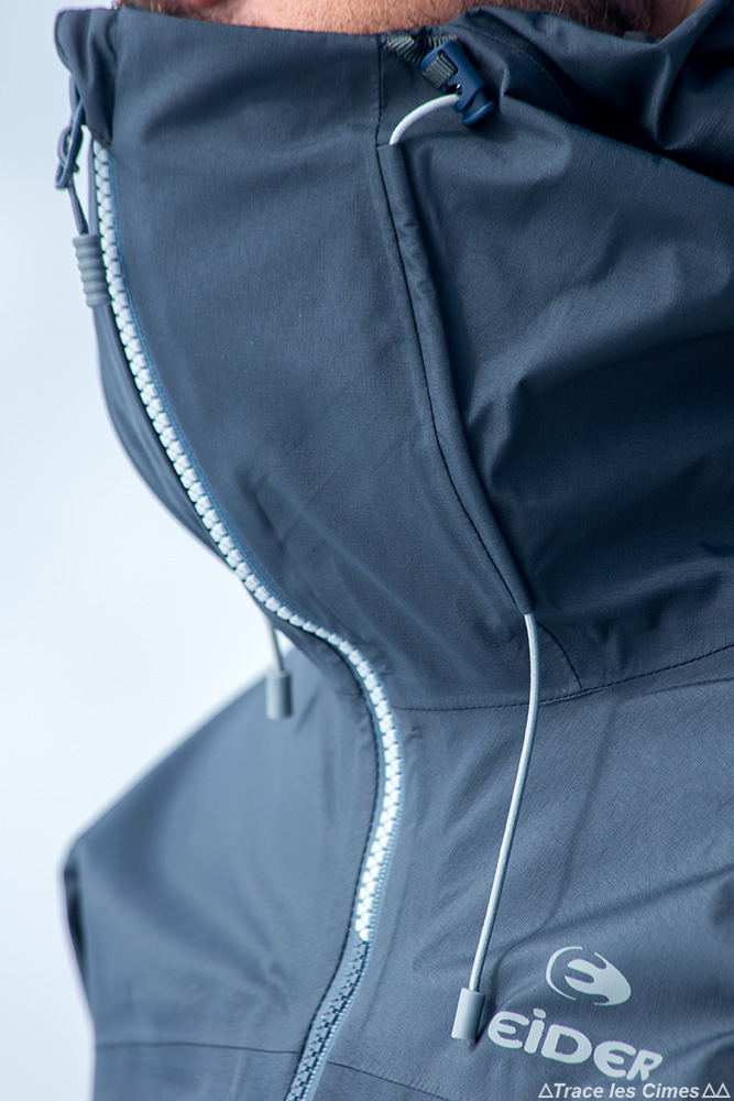 Test veste Gore-Tex Eider Commodore Jacket review (noir) col capuche