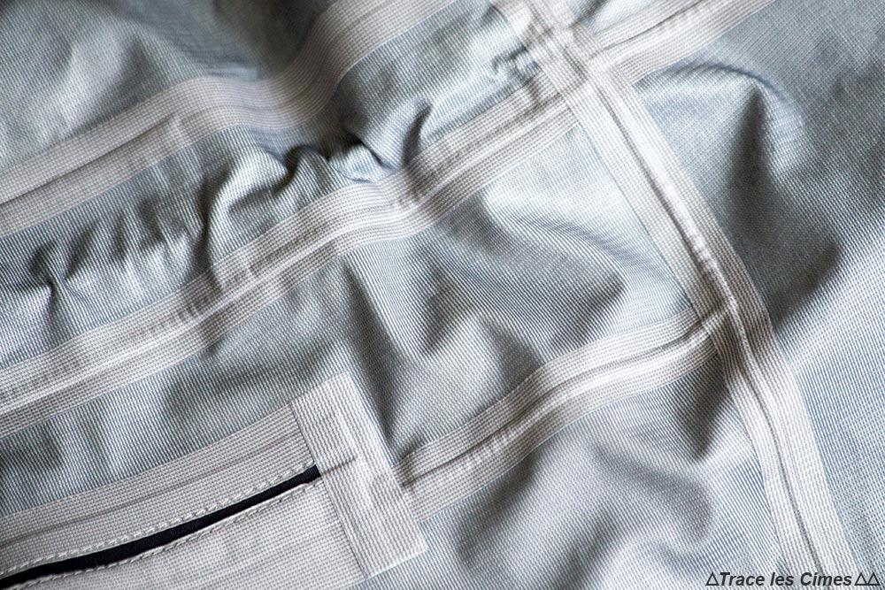 Test veste Gore-Tex Eider Commodore Jacket review (noir) coutures thermo-soudées